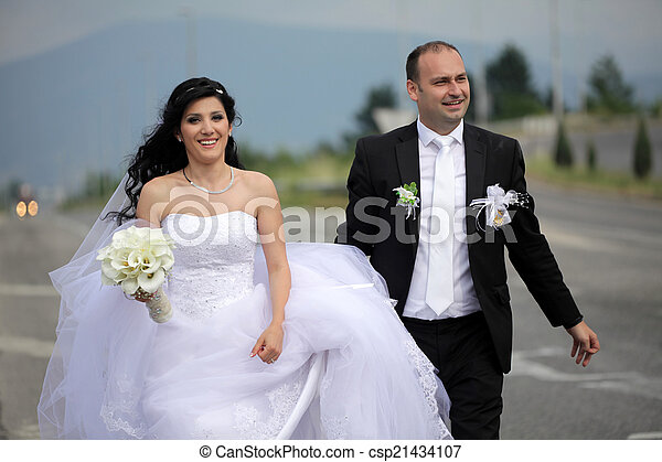 párosít, esküvő - csp21434107