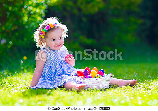 páscoa, pequeno, caça, ovo, menina - csp24428803