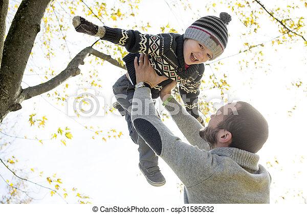 père, fils, automne, park., portrait, heureux - csp31585632