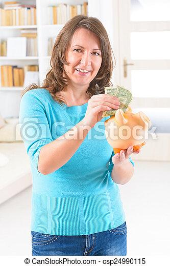 pénz, nő, megmentés - csp24990115