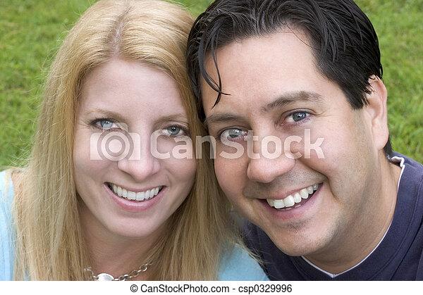 paar, glücklich - csp0329996
