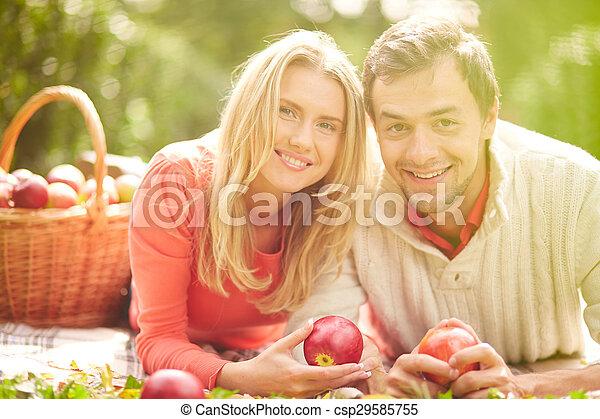 Glückliches Paar - csp29585755