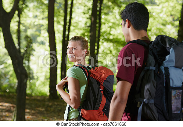 paar, holz, rucksack, trecken - csp7661660