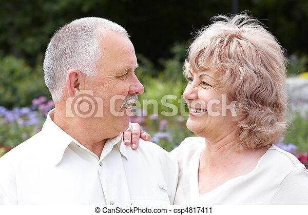 paar, ouwetjes - csp4817411
