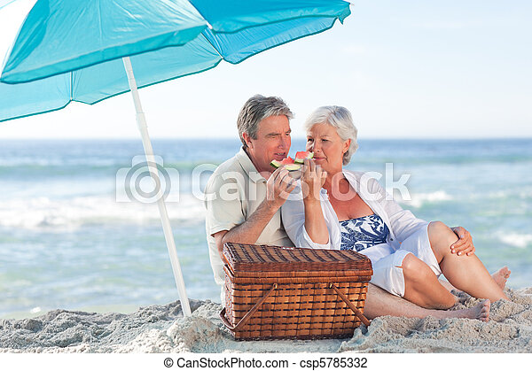 paar, sandstrand, senioren, picniking - csp5785332