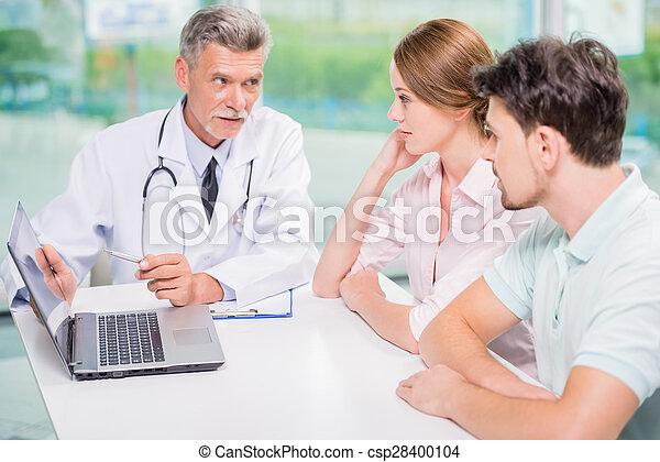 paciente, doutor - csp28400104