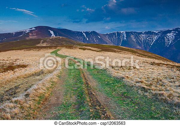 paesaggio montagna - csp12063563