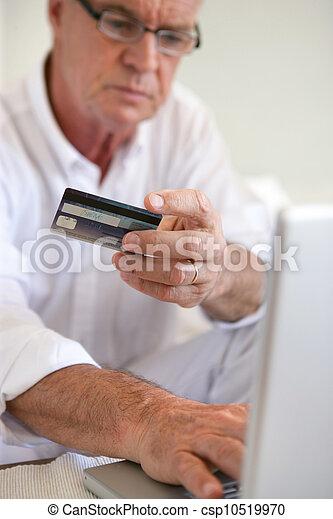 pagar, velho, online, homem - csp10519970