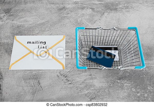 paiement, publipostage, icône, liste, email, achats, concept, commercialisation, cartes, enveloppe, charrette - csp83802932