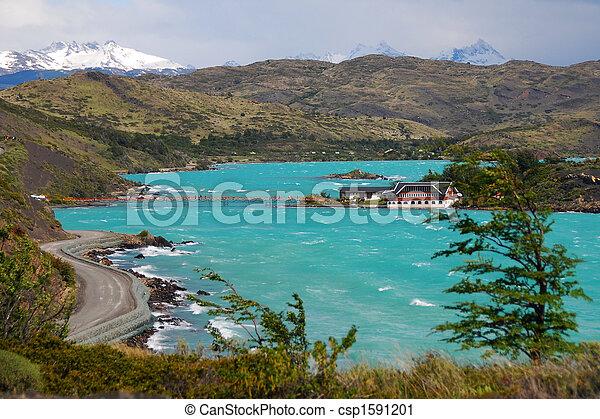 Lago pehoe - Torres del dolore Parque Nacional - Patagonia chile - csp1591201