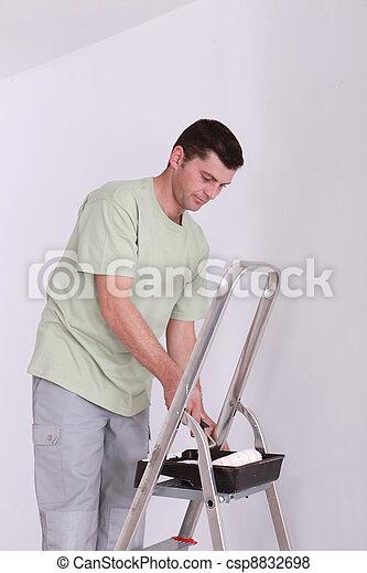 Painter - csp8832698
