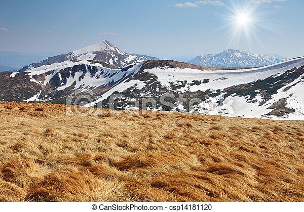 paisagem montanha - csp14181120