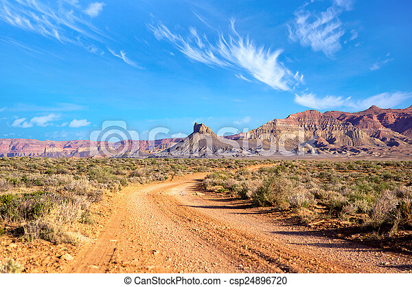 El paisaje sudoeste - csp24896720