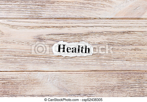 Salud de la palabra en papel. Concepto. Palabras de salud en un fondo de madera - csp52438305