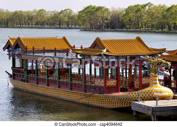 Palacio de verano de Pekín: barco lago. - csp4094642