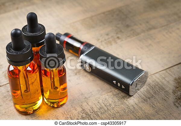 palack, felett, porlasztó, e-cig, lé, erdő, háttér, vaping, harckocsi, hadügyminisztérium - csp43305917