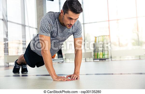 palestra, push-ups, uomo - csp30135280
