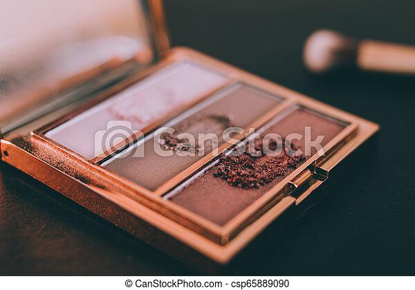 palette, tonalités, or, rose, nue, couleurs sombres, brosse, fond, fards paupières - csp65889090