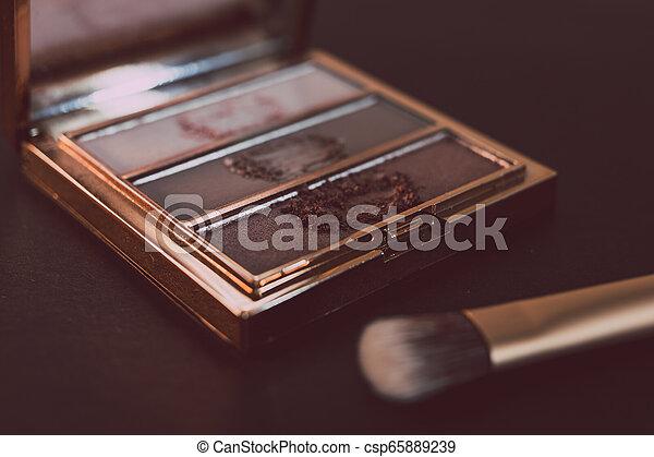 palette, tonalités, or, rose, nue, couleurs sombres, brosse, fond, fards paupières - csp65889239