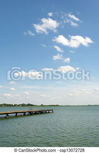 palic, 湖 - csp13072728