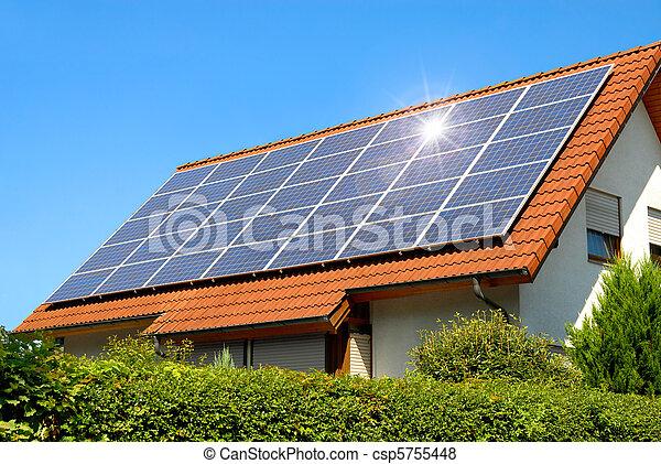 panneau, solaire, toit, rouges - csp5755448