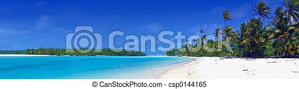 Laguna panorámica - csp0144165