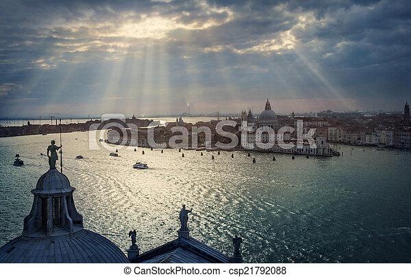 Una vista panorámica de Venecia - csp21792088