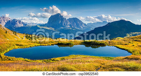 panorama montagne, (langkofel), sassolungo, gardena, gamme, vallée - csp39822540