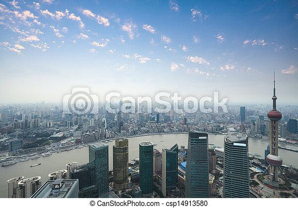 Shanghai panorama al atardecer - csp14913580