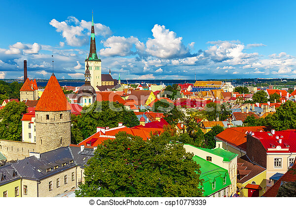 panorama, tallinn, estónia - csp10779339