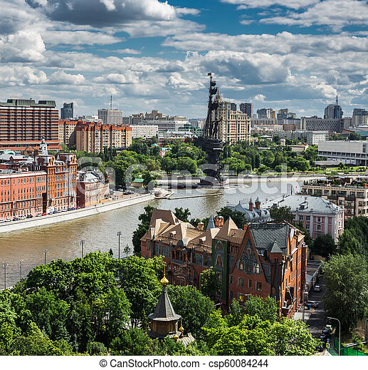 Panoramic view of Moscow river and monument to Peter the Great - csp60084244