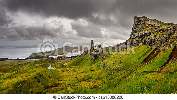 Panoramic view of Old man of Storr mountains, Scottish highlands, United Kingdom - csp15888220