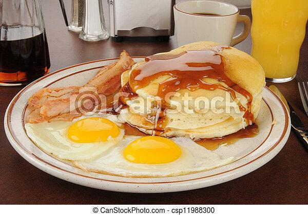 panqueques con un huevo