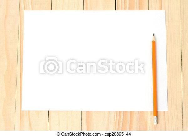 Papel en blanco con lápiz - csp20895144