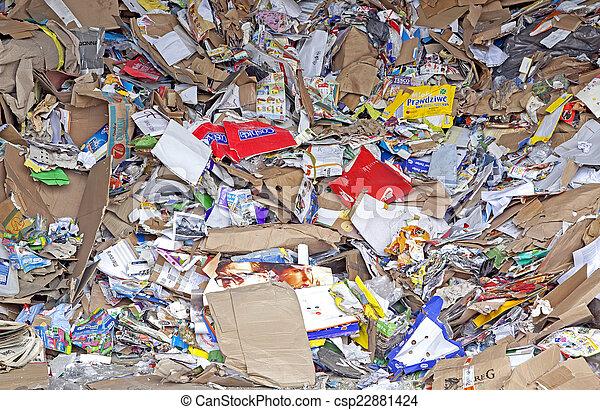 Desechos de papel - csp22881424