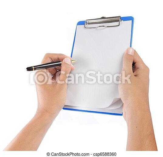 Manos con papel en la tabla - csp6588360