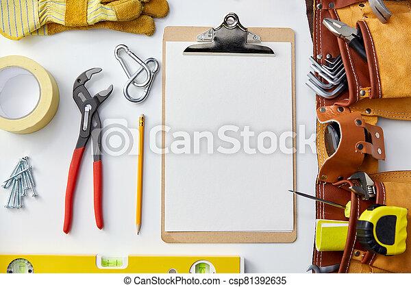 papel, trabajo, lápiz, portapapeles, herramientas, blanco - csp81392635