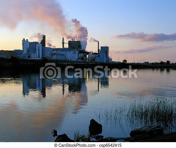 Paper pulp factory in Dryden - csp6542415