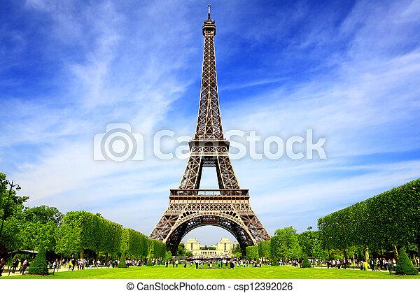 París es el mejor destino de Europa - csp12392026