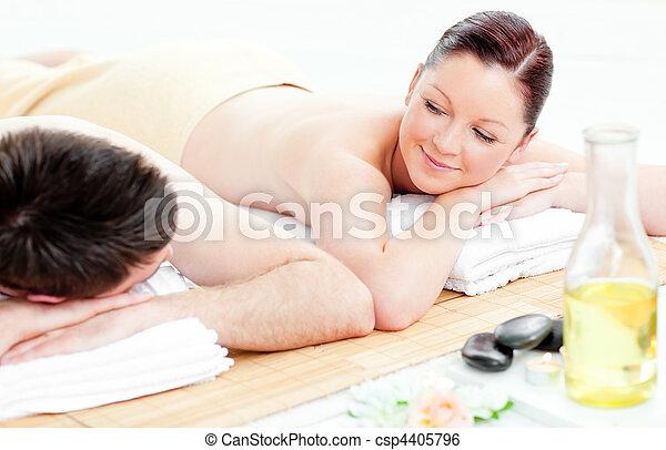 par, adorável, mentindo, tabela, massagem, jovem - csp4405796