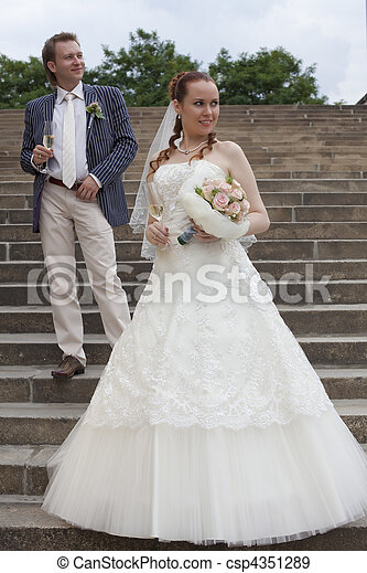 par, casado, apenas - csp4351289