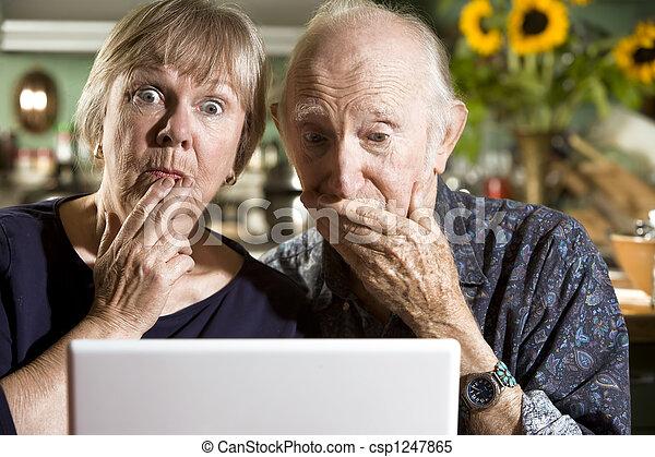 par, laptopdator, förvirrat, senior - csp1247865
