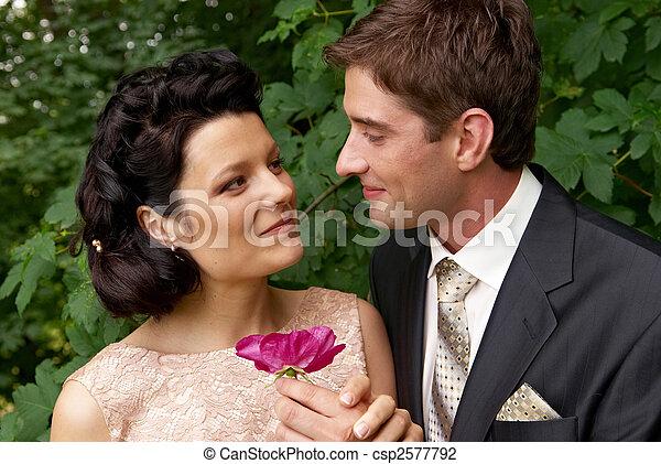 para, żonaty, outdoors - csp2577792