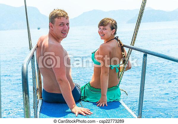 para, jacht, młody, morze, swimsuits - csp22773289