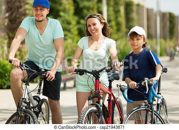 para, syn, bicycles - csp21943871