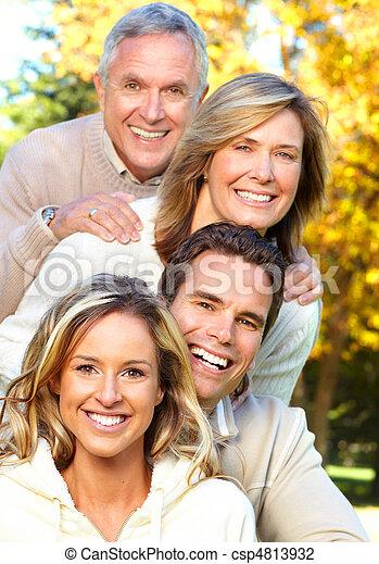 parc, famille, heureux - csp4813932