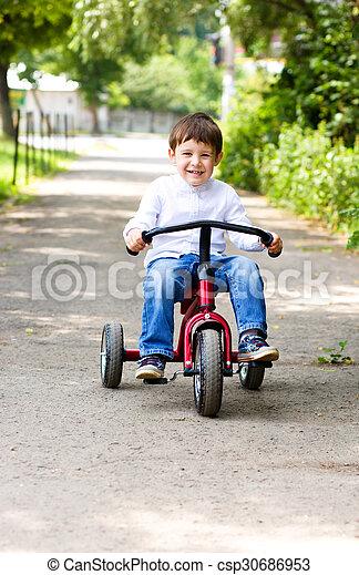 parc, garçon, équitation bicyclette - csp30686953