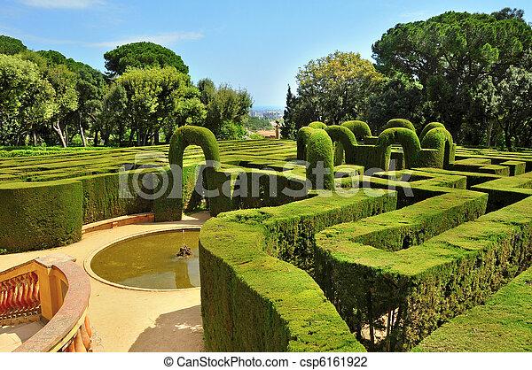 Parc del laberint d'Horta en Barcelona, España - csp6161922