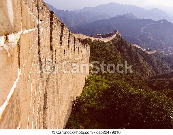 Retro parece una gran pared china - csp22479010