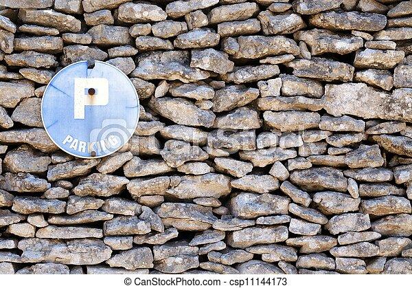 Pareja de piedra y firma - csp11144173
